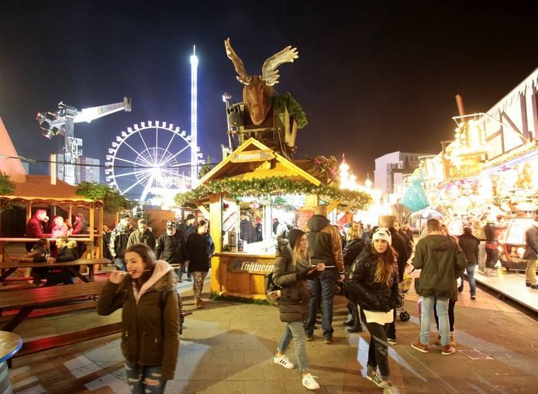 Jarmarki Bożonarodzeniowe w Berlinie. Magiczna atmosfera