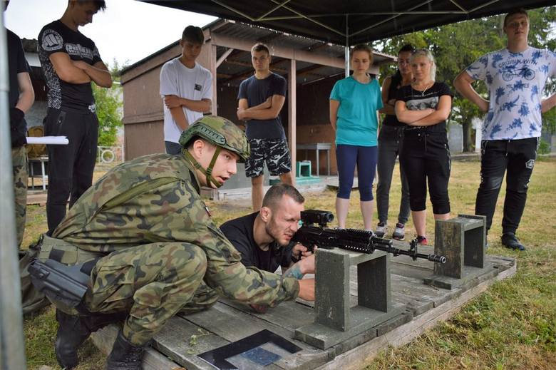 Dla cywilów opolscy logistycy przygotowali całodniowe zajęcia.