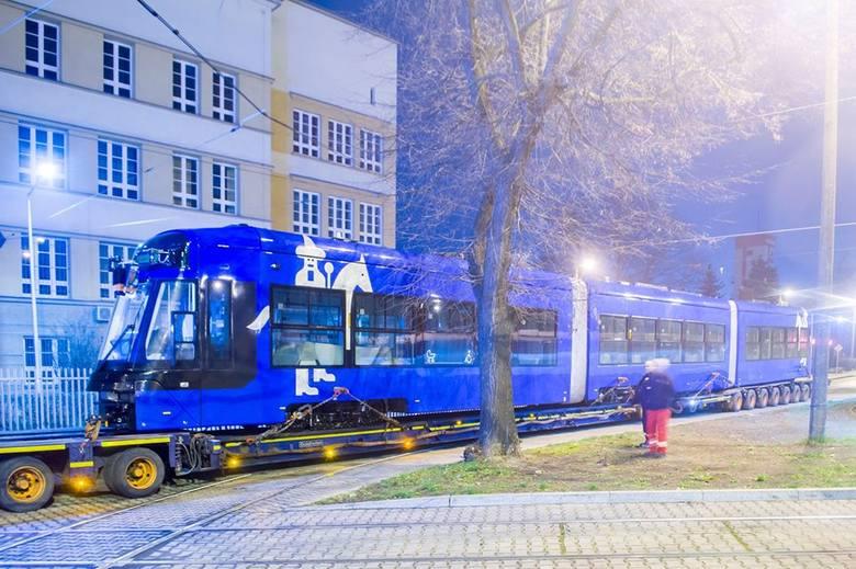 Nowa tramwaj przybył do Krakowa