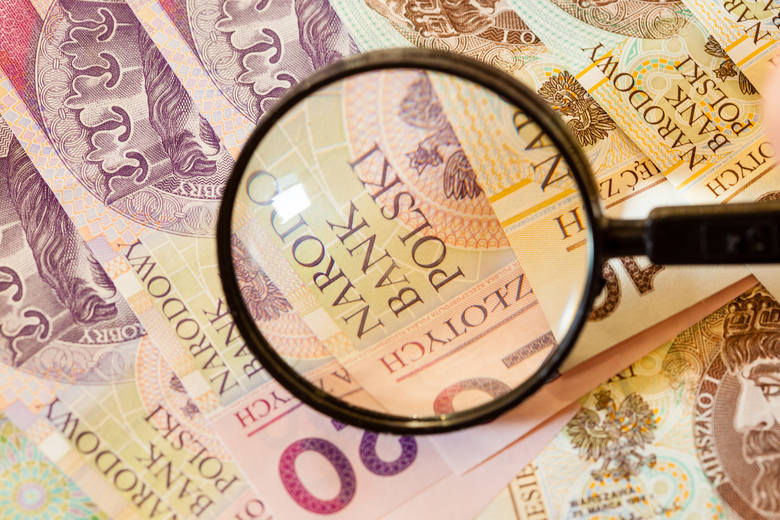 Polacy trzymają na rachunkach bankowych kwotę 789 mld złotych – wynika z majowego podsumowania przygotowanego przez NBP.