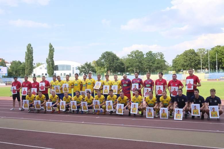 Elana Toruń zamknęła skład na rozpoczynający się 27 lipca nowy sezon II ligi. W sobotnie popołudnie na Stadionie Miejskim przy ul. Bema odbyła się oficjalna