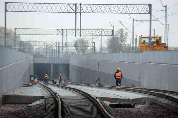 Budowa torów kolejowych na trasie Okęcie - Centrum