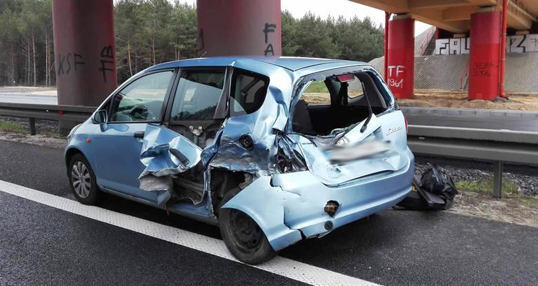 Wypadek na S3 pod Zieloną Górą rozbita honda