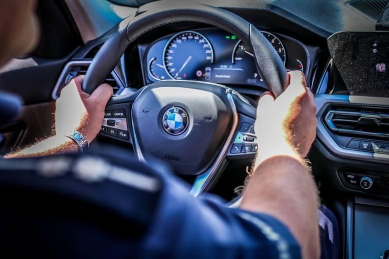 Policja w Rzeszowie otrzyma trzy nowe, oznakowane radiowozy BMW