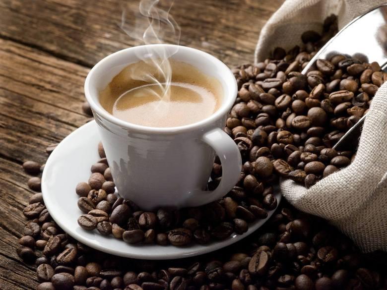 filiżanka czarnej kawy - 70-140 mg