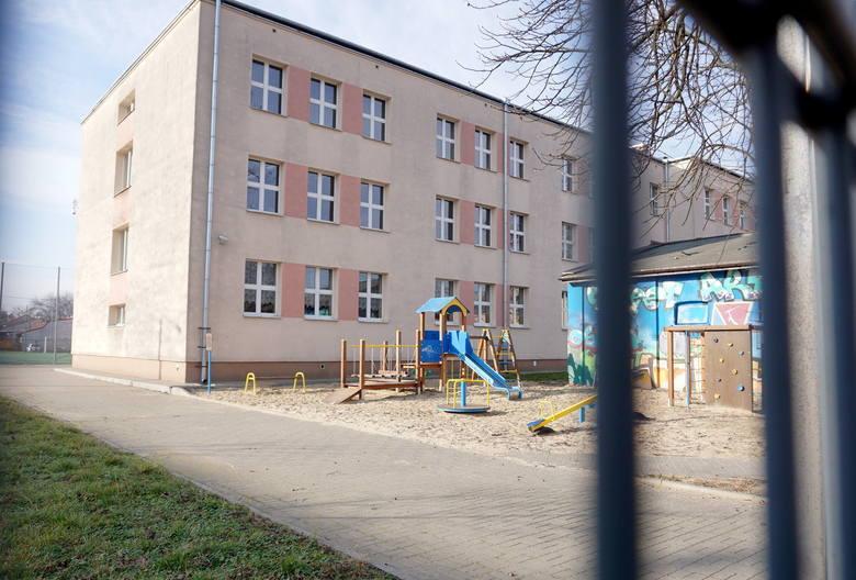 Budynek szkolny przy ul. Krochmalnej