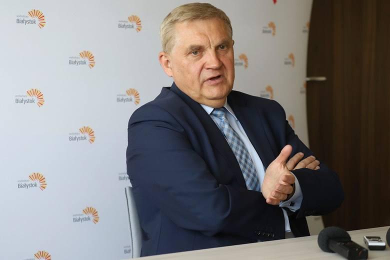 Pieniądze, które byłyby wypłacane zostały wygospodarowanych przez Białostocki Obszar Funkcjonalny. Natomiast prezesem BOF-u jest prezydent Tadeusz T