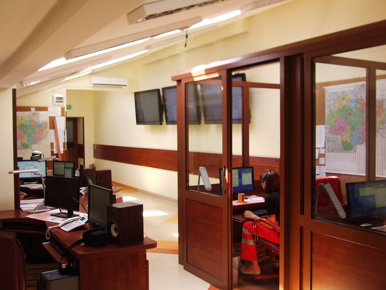 Skrzydła 2011. Świętokrzyskie Centrum Ratownictwa Medycznego i Transportu SanitarnegoSkrzydła 2011 za centralną dyspozytornię medyczną.