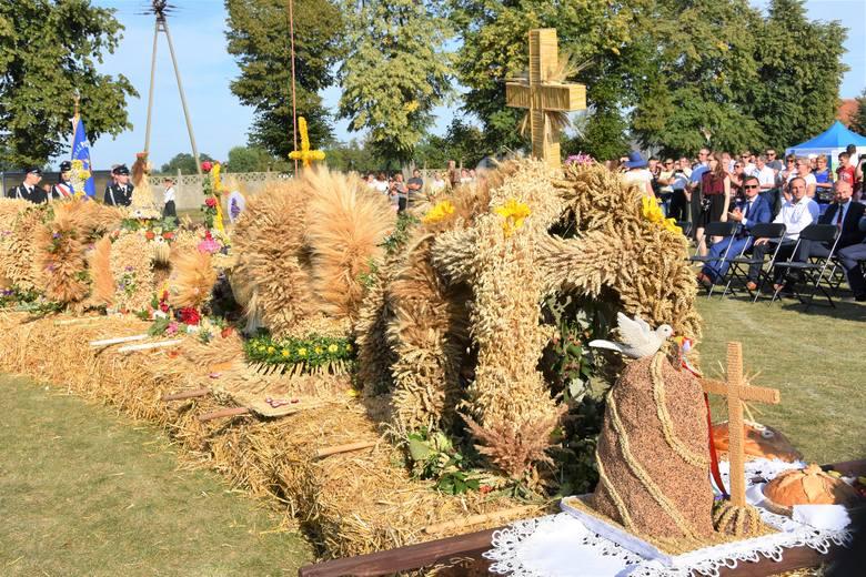 Podpowiadamy tym, którzy lubią wiejskie klimaty.  Na gminne święta plonów w powiecie bydgoskim wybrać się można już w sobotę 31 sierpnia. Zobacz program