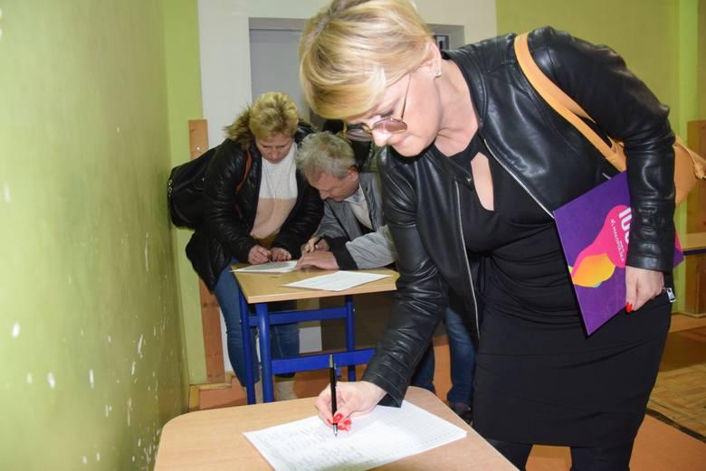 Protesty w sprawie nowych linii kolejowych nasilają się. Sprzeciw gminy Wielka Wieś