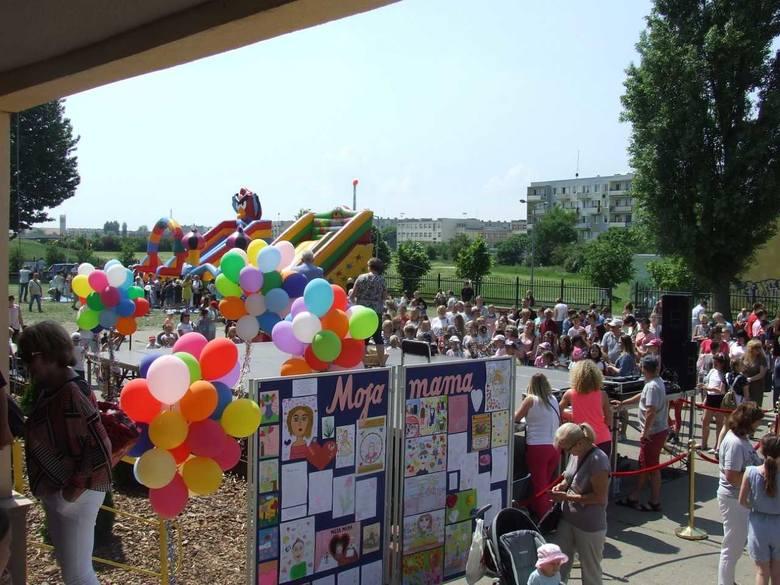 W Szkole Podstawowej nr 4 im. Janusza Kusocińskiego w Inowrocławiu odbył się  Piknik Rodzinny. Ta cykliczna impreza w tym roku była dedykowana mamom.