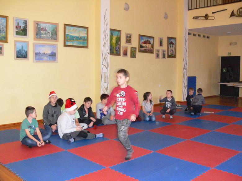 VI Szachowy Turniej Mikołajkowy w Miejsko - Gminnym Ośrodku Kultury w Koprzywnicy