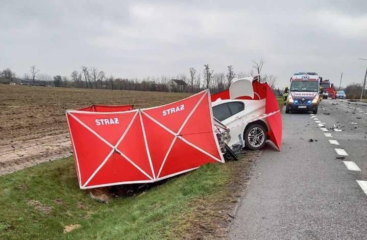 Tragiczny wypadek na drodze krajowej numer 50 pod Grójcem. Jedna osoba nie żyje