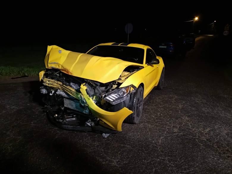 W wypadku pod Bukiem ucierpiały samochody. W karetce była matka z dzieckiem