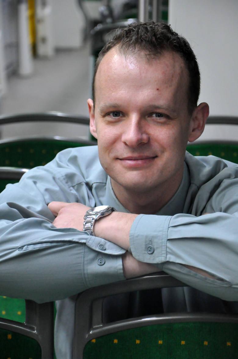 MPK Poznań: Motorniczy Roku 2013.  Łukasz Gołaski- sms o treściMPK.1na numer72355(koszt 2.46 zł z VAT)