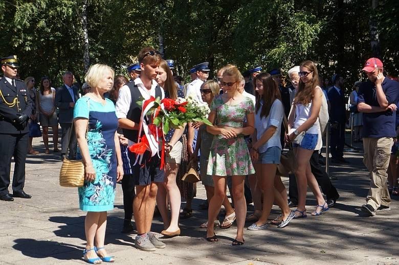 Plac Mordechaja Tenenbauma. 72. rocznica powstania w białostockim getcie (zdjęcia, wideo)