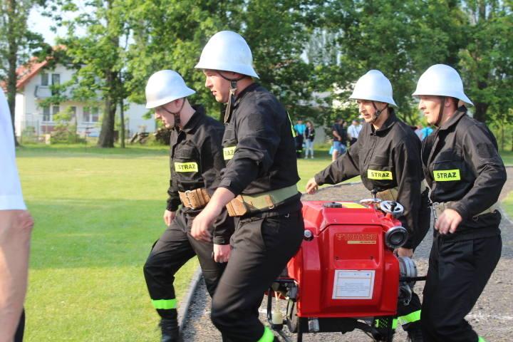 W Piotrkowie Kujawskim odbyły się gminne zawody strażackie, w których rywalizowały  jednostki OSP z gminy.JUBILEUSZ DRUHÓW W PIOTRKOWIE KUJAWSKIM;nf