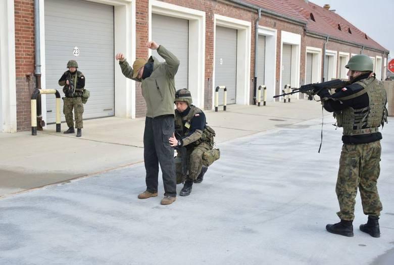 Komisja specjalistów z Inspektoratu Wparcia Sił Zbrojnych weryfikowała przygotowanie żołnierzy.