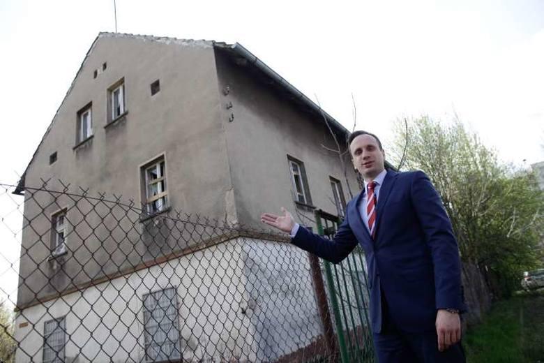 - Pierwsza inwestycja ruszy tu, na ul. Krapkowickiej – zapowiada wiceprezydent Janusz Kowalski.