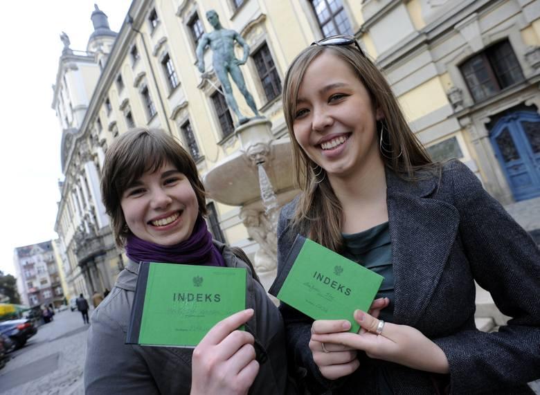 Zakończyła się tegoroczna edycja rekrutacji na największe wrocławskie uczelnie. Na Uniwersytetach Wrocławskim i Ekonomicznym systemy zamknięto w niedzielę