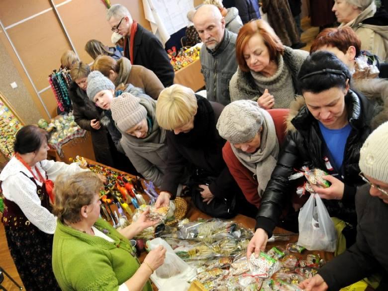 W tegorocznym kiermaszu wielkanocnym w Toruniu wzięło udział ok. 100 wystawców z całej Polski