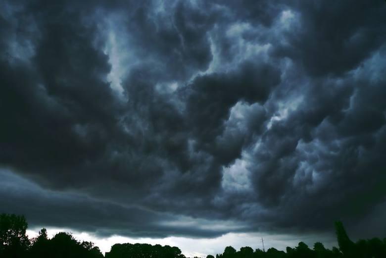 Radar burzowy online 2019: Gdzie jest burza? Niż Axel nad Polską. IMGW wydało ostrzeżenie II stopnia przed burzami z gradem [20.05.2019]