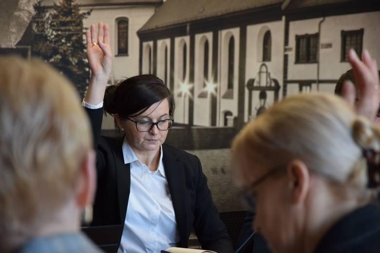 Sesja rady powiatu nowosolskiego, 22 lutego 2019 r.<br /> Alina Śmigiel