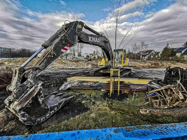 Nowe Torpo - tak nazywać będzie się osiedle, które powstanie przy ul. Żwirki i Wigury. Budynki po dawnym zakładzie ostatecznie wyburzono. Już w marcu