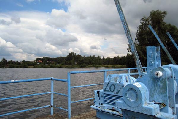 Polski Związek Wędkarski otrzymał już nakaz rozpoczęcie obniżania poziomu wody.