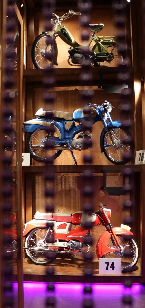 Mopedy z niezwykłej szuflandii. Muzeum Motorowerów Moped Retro w Kasina Ski, będzie ozdobą Małopolski [ZDJĘCIA]