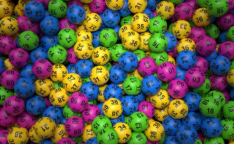 """""""Żeby wygrać, trzeba grać"""" - takim hasłem reklamuje się Lotto i trudno nie przyznać mu racji. Wielu z nas gra regularnie, choć nie"""