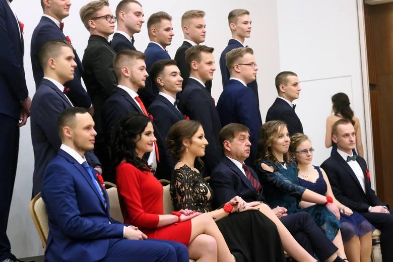 Studniówka ZSE im. A. i J. Vetterów w Lublinie (ZDJĘCIA, WIDEO)