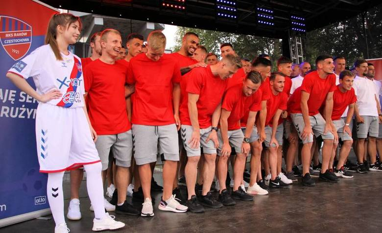 Raków Częstochowa: Koszulkowa wpadka na powitanie Ekstraklasy