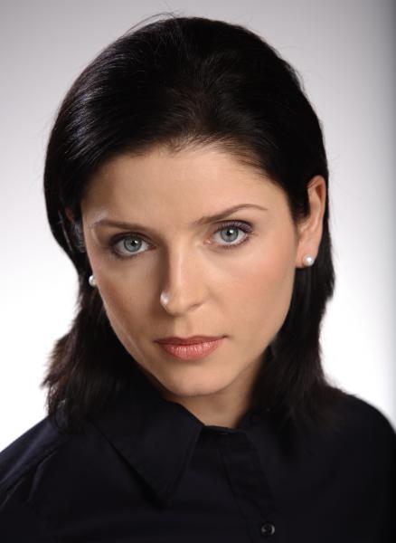Nowa minister sportu ma na koncie tylko 4 tys. zł oszczędności. Joanna Mucha ma też zaciągnięty kredyt na 924 tys. złŹródło: money.pl