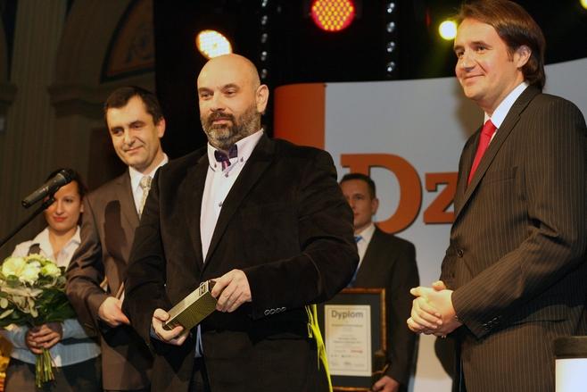 Podczas gali finałowej konkursu Menedżer Roku wręczona została statuetka dla partnera roku 2011 Polskapresse Prasy Łódzkiej. Otrzymał ją Jarosław Łukowicz, prezes firmy Cosinus.