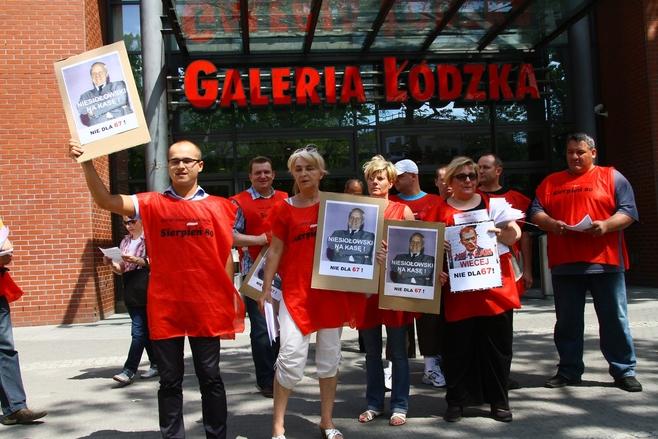 Protest pod Galerią Łódzką [ZDJĘCIA]