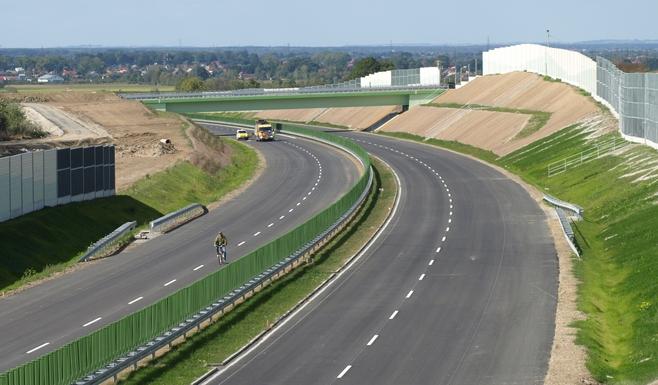 Budowa autostrady A4 pod Tarnowem na finiszu [ZDJECIA]