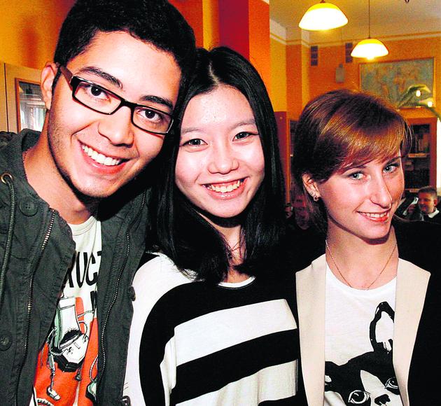 Studenci z całego świata prowadzą warsztaty dla legnickich licealistów