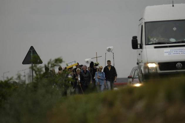 Środa Wielkopolska: Kierowca potrącił pielgrzymów