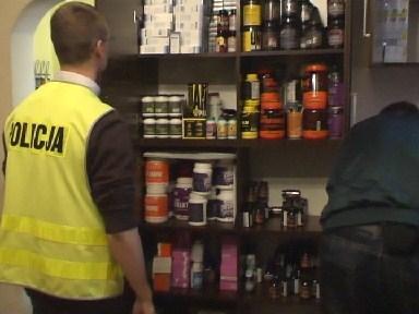 Nielegalny sklepik z suplementami diety nakryty w Chorzowie