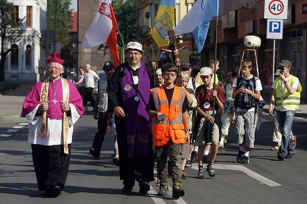 Po raz szósty pielgrzymka idzie do sanktuarium maryjnego