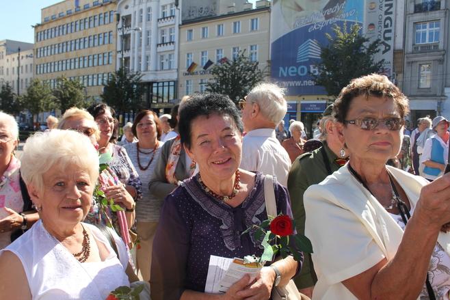 Poznańscy seniorzy nieraz pokazali, jak potrafią się bawić, ale też z jaką chęcią zdobywają nową wiedzę i umiejętności