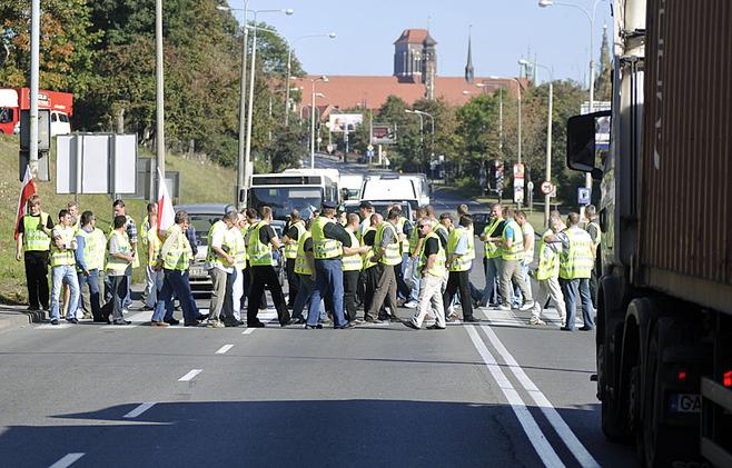Protest w Gdańsku: Rybacy walczą o uchylenie im kar