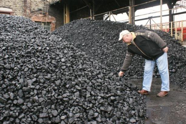 Chcesz kupić węgiel? To nie takie proste. Musisz mieć dowód, zrobią z Tobą wywiad...