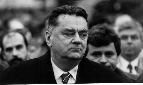 Wbrew powszechnej opinii rząd Jana Olszewskiego nie upadł w nocy z 4 na 5 czerwca 1992 r. Tak naprawdę jego los został przypieczętowany już 29 maja,