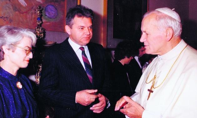 Państwo Zofia i Marian Rubinowie. Dla nich również osobiste spotkanie z Janem Pawłem II było niezmiernie ważnym wydarzeniem, które dzisiaj, w czasie