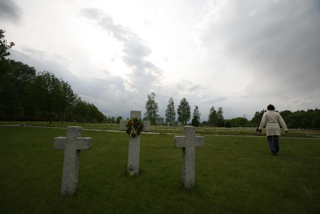 Niemieckie cmentarze wojenne w Polsce [ZDJĘCIA]
