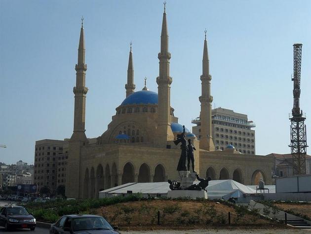 Błękitny Meczet w Bejrucie zbudowany na wzór meczetu w Istambule