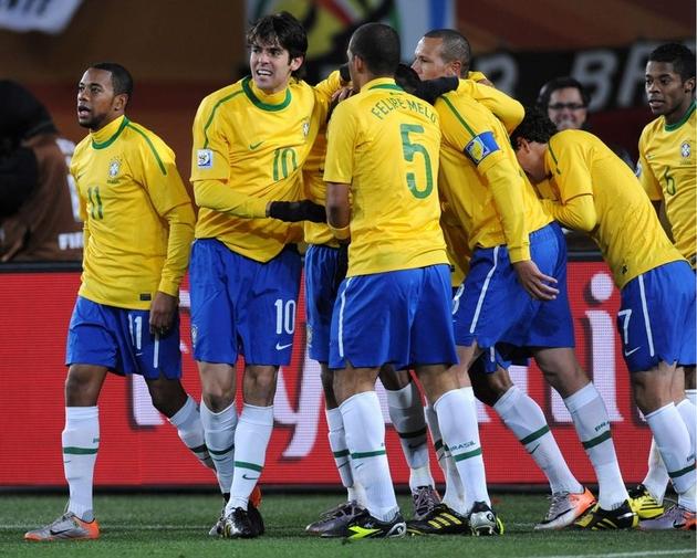 Dunga triumfuje, Brazylia awansowała