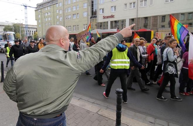 Nietolerancyjny Wrocław. Gdyby nie policja, Marsz Równości przyniósłby ofiary? (ZDJĘCIA, FILMY)